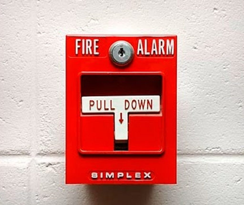 5 Stars Deluxe:  Rrrrrrrrring!! – The Funny Side About Fire Alarms