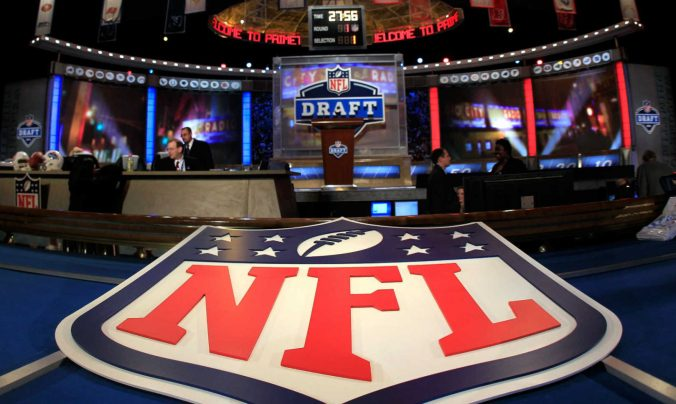 2017 NFL Mock Draft – Round 1